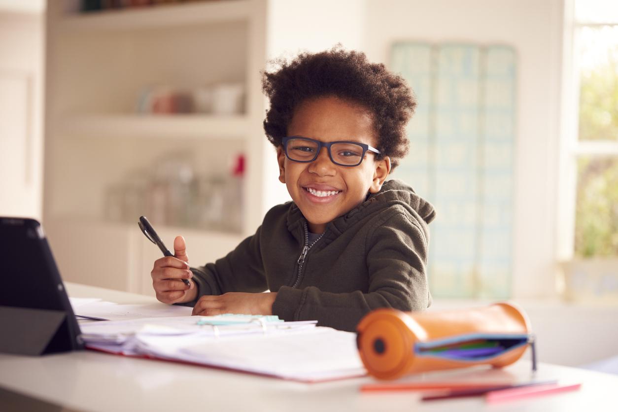 Estudar em casa: descubra como fazer e dicas para melhorar desempenho